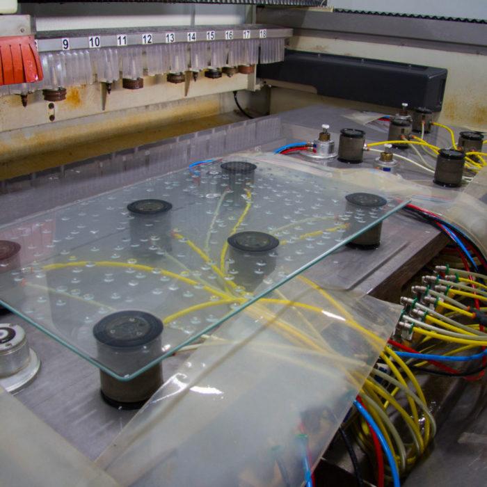 Glas i CNC-maskin